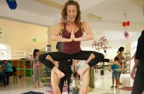 acro yoga air